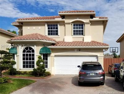Pembroke Pines Single Family Home For Sale: 2190 NW 99th Ter