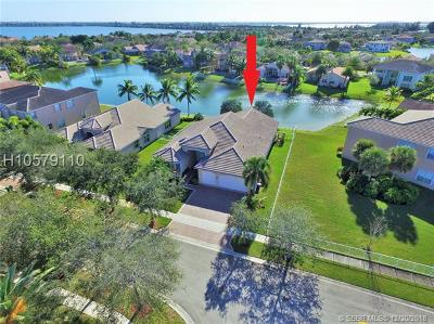 Miramar Single Family Home For Sale: 18622 SW 49th St