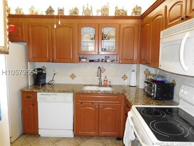 Hollywood Condo/Townhouse For Sale: 3850 Washington St #PH12