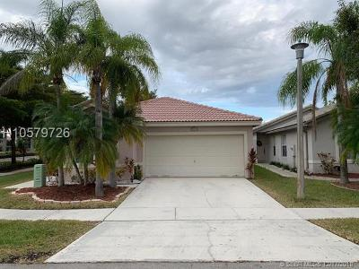 Miramar Single Family Home For Sale: 3007 SW 179th Ave