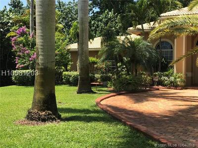 Davie Single Family Home For Sale: 6300 SW 58th Ct