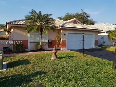 Davie Single Family Home Active With Contract: 6271 Plymouth Ln