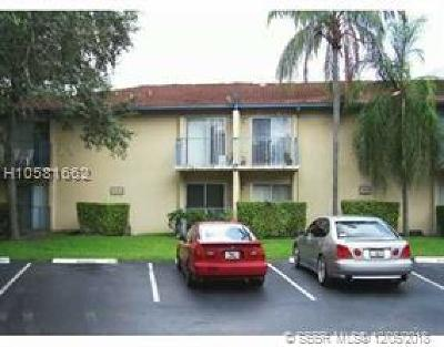 Sunrise Condo/Townhouse For Sale: 7649 NW 42nd Pl #160