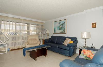 Hollywood Condo/Townhouse For Sale: 1201 S Ocean Dr #21ON
