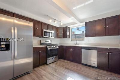 Hollywood Single Family Home Active With Contract: 2330 N 67th Ave