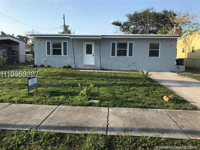 Fort Lauderdale Single Family Home For Sale: 1000 NW 11th Pl