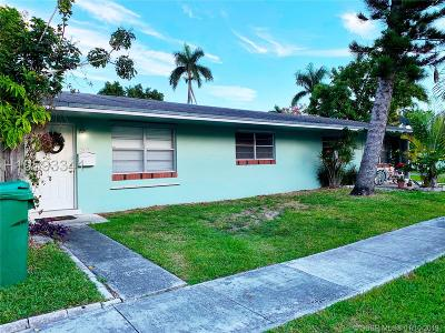 Dania Beach Multi Family Home For Sale: 509 SE 2nd Ave