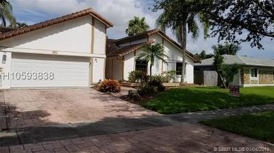 Cooper City Single Family Home For Sale: 5853 SW 119th Ave