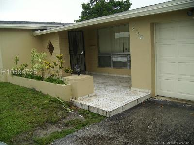 Miramar Single Family Home For Sale: 7130 Dilido Blvd
