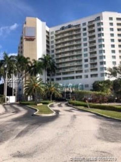 Fort Lauderdale Condo/Townhouse For Sale: 2670 E Sunrise Blvd #532