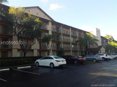 Pembroke Pines Condo/Townhouse For Sale: 12650 SW 15th St #206F