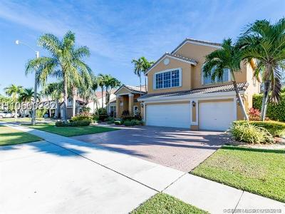 Pembroke Pines Single Family Home For Sale: 1231 NW 193rd Ave