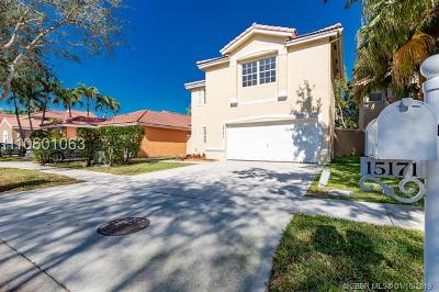 Miramar Single Family Home For Sale: 15171 SW 46th St