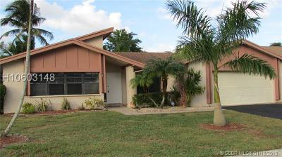 Single Family Home For Sale: 9711 NW 33rd St