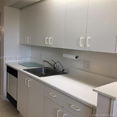Pembroke Pines Condo/Townhouse Active With Contract: 1301 SW 142nd Ave #H 410