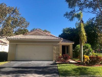 Weston Single Family Home For Sale: 4088 NW Pine Ridge Ln
