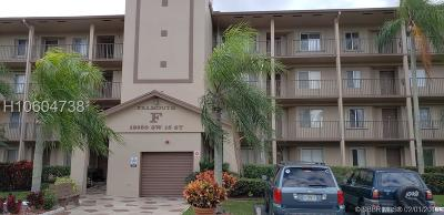 Pembroke Pines Condo/Townhouse For Sale: 12650 SW 15th St #413F