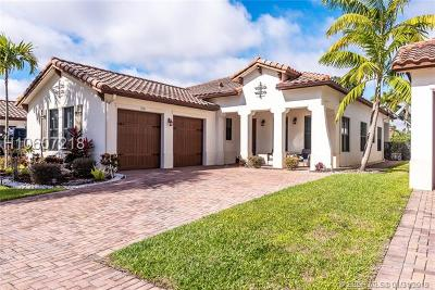 Pembroke Pines Single Family Home Active Under Contract: 3726 NW 85th Ter
