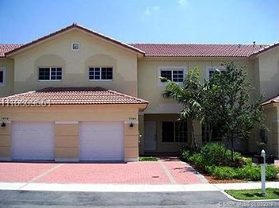 Davie Single Family Home For Sale: 7636 S Stonecreek Cir