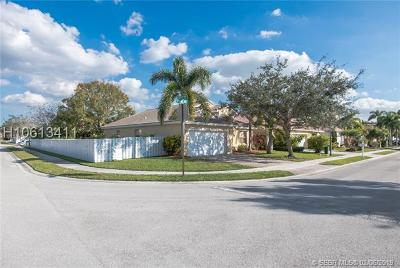 Pembroke Pines Single Family Home Active With Contract: 1515 SW 194th Ave