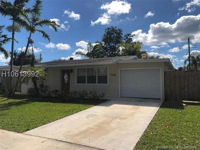 Cooper City Single Family Home For Sale: 9428 SW 51st Ct