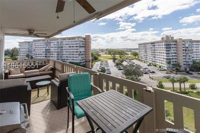 Hollywood Condo/Townhouse For Sale: 4001 Hillcrest Dr #801-3