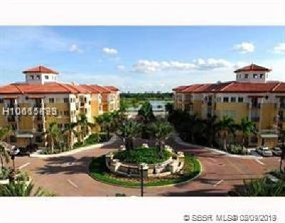 Weston Condo/Townhouse Active With Contract: 16100 Emerald Estates Dr #489