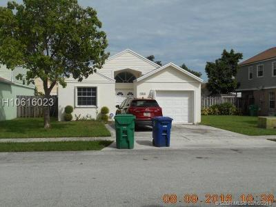 Miramar Single Family Home Active Under Contract: 9933 W Daffodil Ln