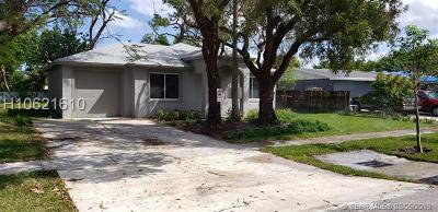 Fort Lauderdale FL Single Family Home Active Under Contract: $299,000