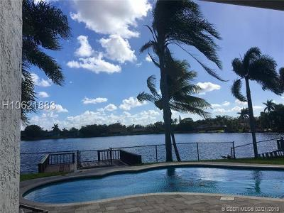 Cooper City Single Family Home For Sale: 10182 SW 56th St