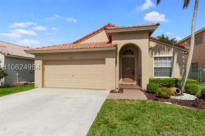 Miramar Single Family Home For Sale: 11391 SW 20th St