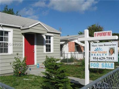 Dania Beach Single Family Home For Sale: 43 SE 12th St