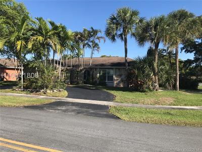 Plantation Single Family Home Active Under Contract: 7601 NW 12th Ct