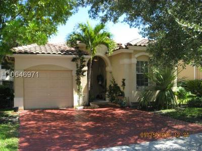 Miramar Single Family Home For Sale: 5031 SW 136th Ter