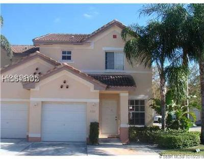 Miramar Single Family Home For Sale: 2321 SW 86th Way
