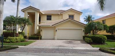 Weston Single Family Home For Sale: 1619 Victoria Pointe Cir