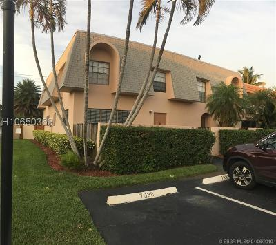 Davie Condo/Townhouse For Sale: 7339 SW 25th Ct #9