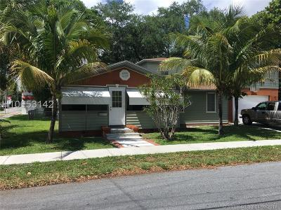 Dania Beach Single Family Home For Sale: 258 SW 1 Ct