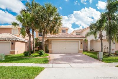 Miramar Single Family Home Active Under Contract: 15752 SW 20th St