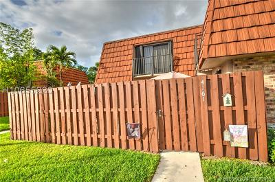 Cooper City Condo/Townhouse Active Under Contract: 4161 Forest Hill Dr #4161