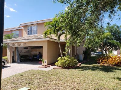Lauderhill Single Family Home For Sale: 6705 NW 38 Drive