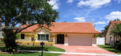 Pembroke Pines Single Family Home Active Under Contract: 16389 NW 11th St