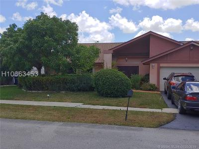 Lauderhill Single Family Home Active Under Contract: 7150 NW 49th Ct