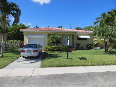 Dania Beach Single Family Home Active Under Contract: 209 SE 3rd Pl