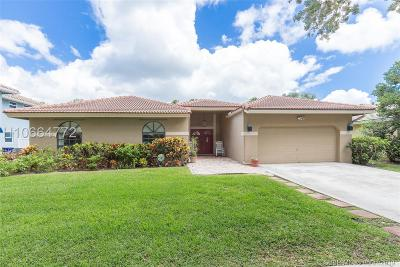 Cooper City Single Family Home For Sale: 10647 Zurich St