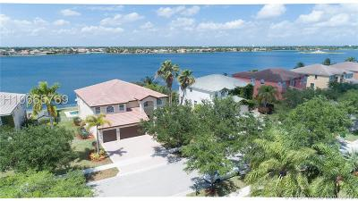 Miramar Single Family Home Active Under Contract: 19451 SW 39th St