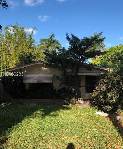 Hollywood Single Family Home For Sale: 1214 N 15th Ave