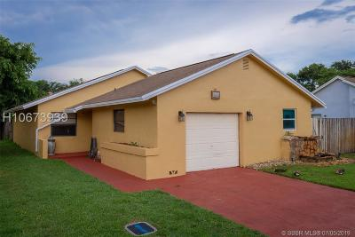 Cooper City Single Family Home Active Under Contract: 9805 SW 57th St