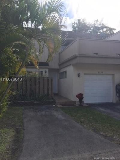 Plantation Condo/Townhouse For Sale: 8190 NW 8th Mnr #5