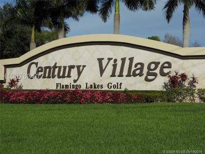 Pembroke Pines Condo/Townhouse For Sale: 700 SW 137th Ave #213H